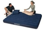 Двуспальный надувной матрас,  203 см х 152 см.с насосом